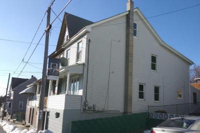 233 W Patterson St