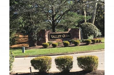 1706 Valley Glen Rd