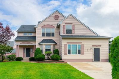 9 Teaberry Ln