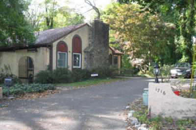 1716 Chestnut Ave