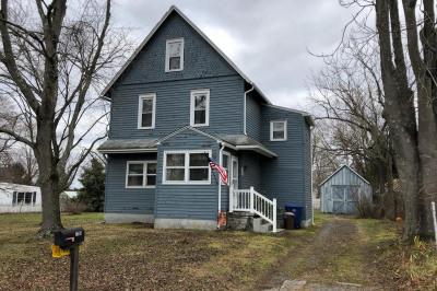1709 Cottage St