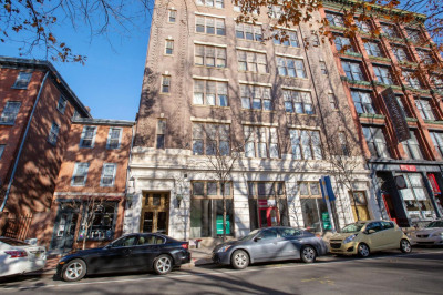 315 Arch St #704