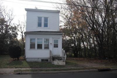 342 Mott Ave