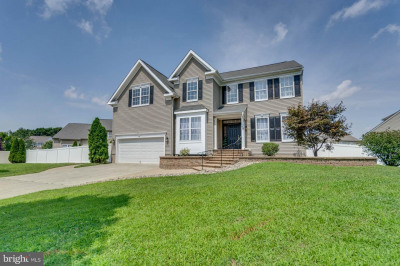 84 Candlewood Rd