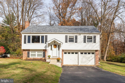 314 Colonial Dr