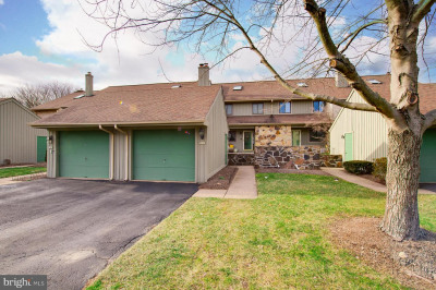 255 Yellow Springs Ct