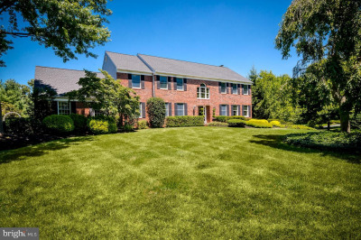 5 Cliffview Ct