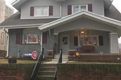 425 Hartel Ave