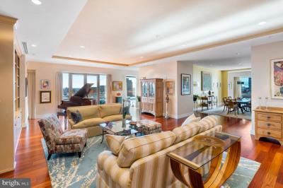 1706 Rittenhouse Sq #601