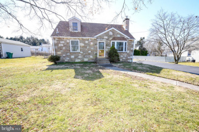 1066 Ford Rd