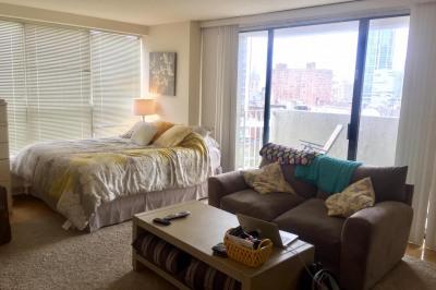 224-30 W Rittenhouse Sq #915A