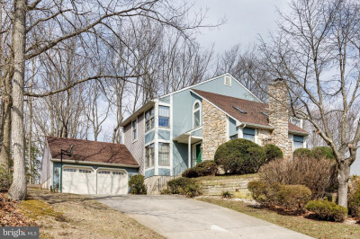 25 Whyte Dr