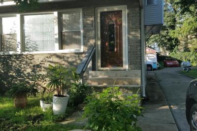 601 W Cheltenham Ave