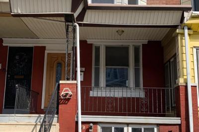 5531 Addison St