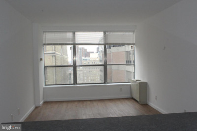 224-30 W Rittenhouse Sq #3017