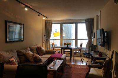 224-30 W Rittenhouse Sq #1717