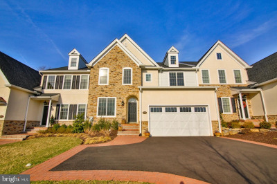1970 Carriage Knoll Dr