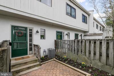 671 Summit House