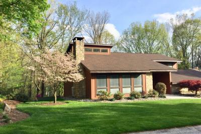 2 Cottage Hill West