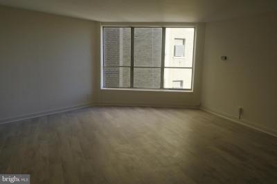224-30 W Rittenhouse Sq #2804