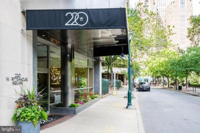 220 W Rittenhouse Sq #8F