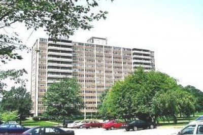 1111 BArclAy Towers #A