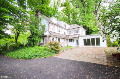 765 Wooded Rd