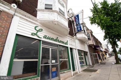 6208-6212 Lansdowne Ave