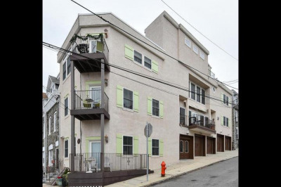 3937 Terrace St