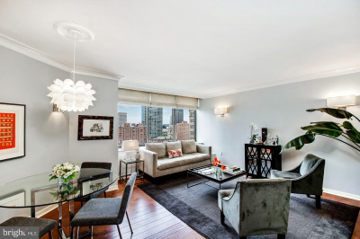 202-10 W Rittenhouse Sq #1205