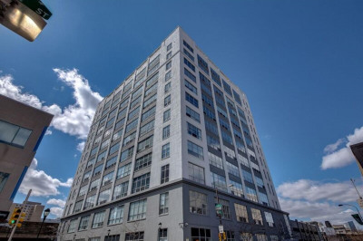 2200-28 Arch St #911