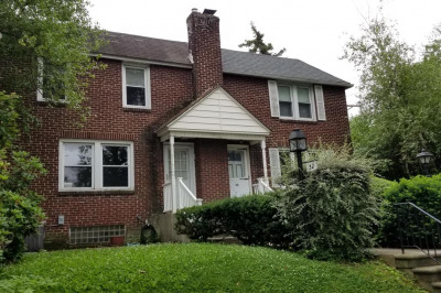 32 Dowling Ave