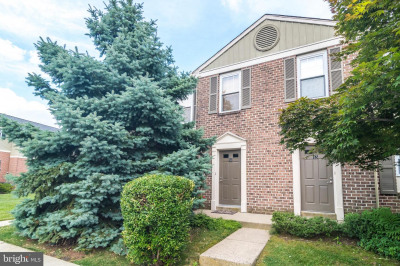 14 Bromley Dr