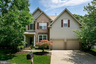 8 Wood View Dr