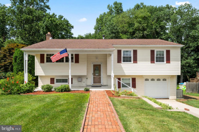 2429 W Colonial Dr