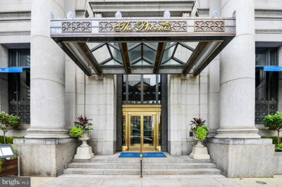 1600-18 Arch St #1213