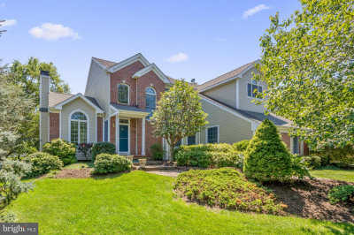 5 Winged Foot Ct
