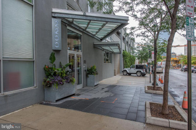2200-28 Arch St #1203