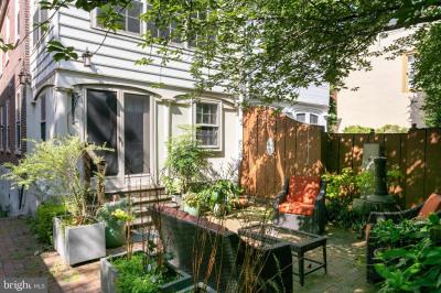 328 Spruce Street Spruce St #4