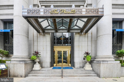 1600-18 Arch St #1203