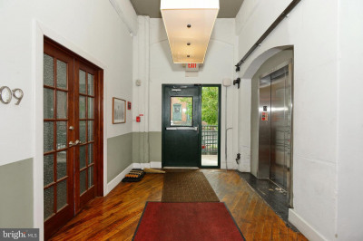 200 Lincoln Ave #215