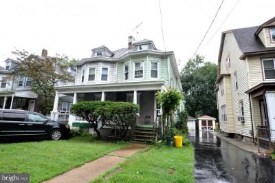 827 Edgewood Ave