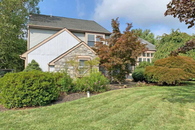 10 Teaberry Ln
