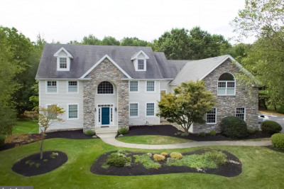 2105 Country View Ln