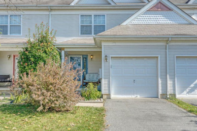 25 Tattersall Dr
