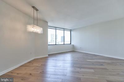 202-10 W Rittenhouse Sq #1705