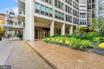 224-30 W Rittenhouse Sq #812