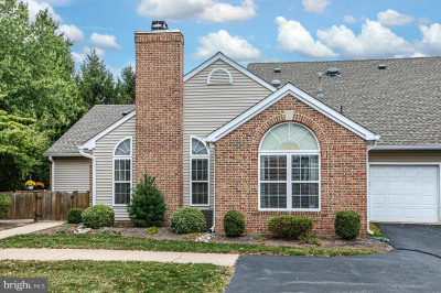 27 Woolsey Ct