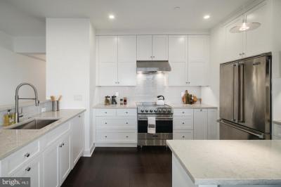 210 W Rittenhouse Sq #1808