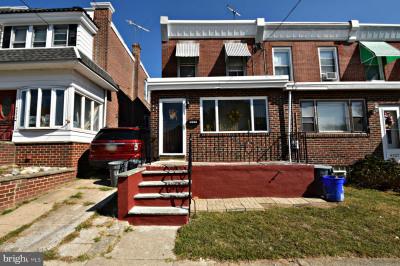 4225 E Howell St